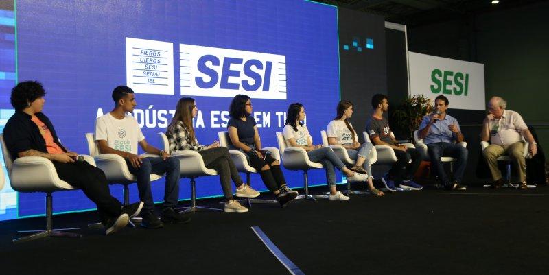 Sesi com@Ciência - Alunos no Ensino Médio