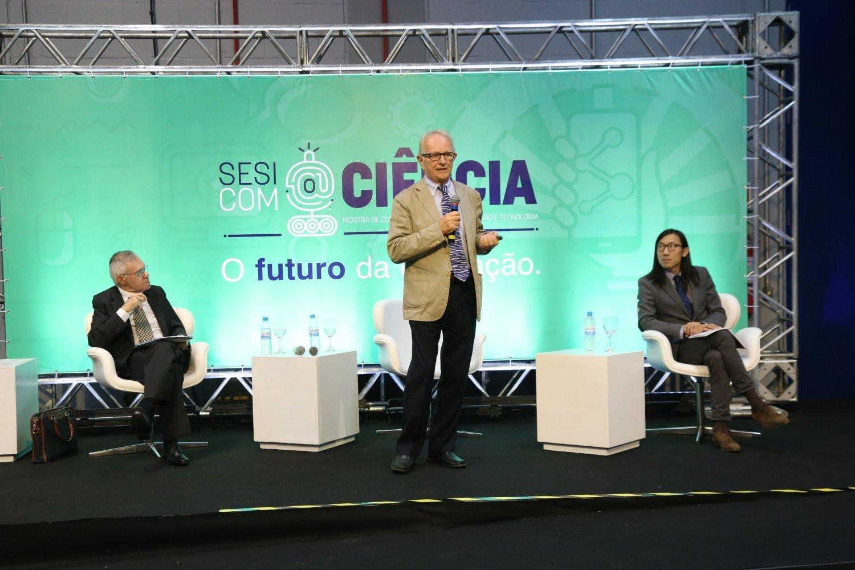 Sesi com@Ciência - Educação comparada