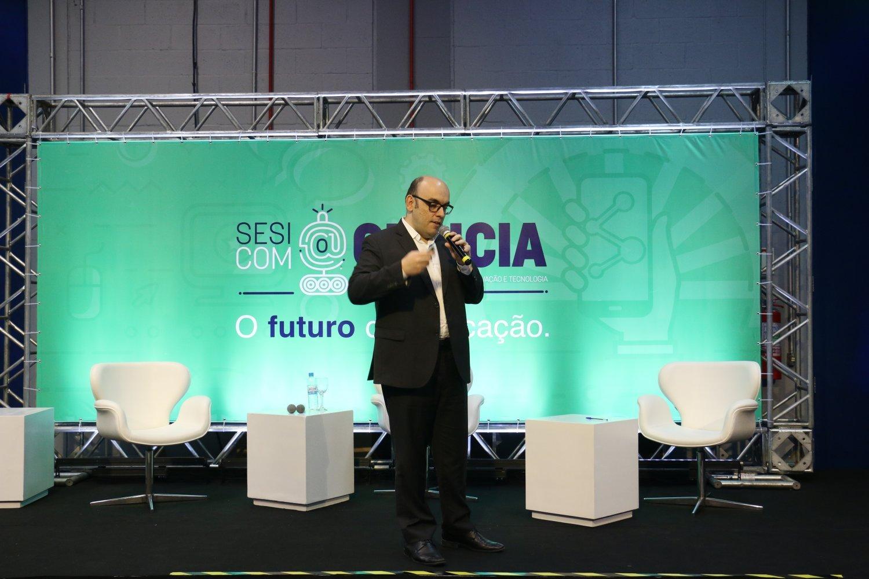 Sesi com@Ciência - Tiago Fragoso